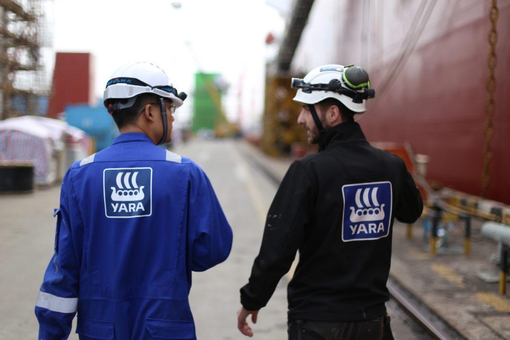 Yara Marine men at shipyard